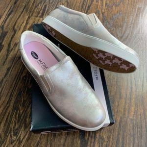 NEW! Dr. Scholl's Madison Palomino Slip-On Sneaker